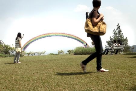 rainbow-pantone-1